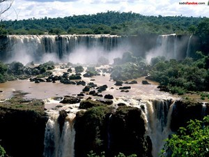 Iguazu Falls (Brazilian side)