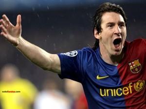 Leo Messi with the Barça's shirt