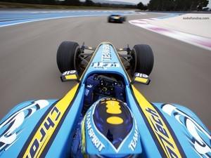Fernando Alonso in race