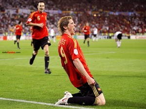 Fernando Torres (Spain) celebrating a goal (to Germany) in the final of Euro 2008