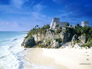 Mayan Ruins Tulum (Mexico)