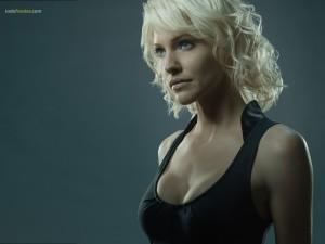 Tricia Helfer in Battlestar Galactica