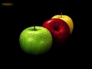 Apples of different colors