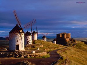 Windmills next to the Castle of Consuegra (Toledo, Spain)