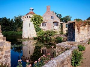 Inside Scotney Castle (England)