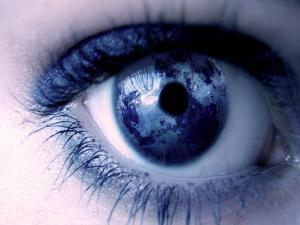 Earth in the iris