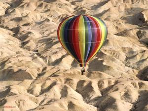 Flying over the desert in balloon