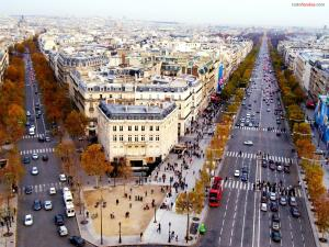 Traffic on the Champs Elysees (Paris)