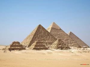 Gizah Pyramids (Egypt)
