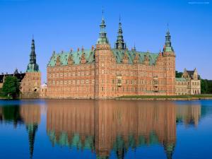 Frederiksborg Palace (Denmark)
