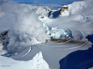 Fumarole on Mount Redoubt (Alaska)