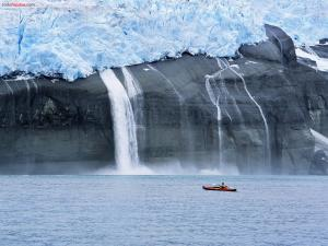 Kayak near of melting