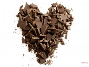 Heart of chocolate pieces