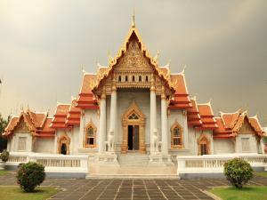 "The Buddhist temple ""Wat Benchamabophit Dusitvanaram"" (marble temple) in Bangkok"