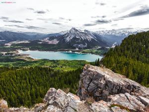 Barrier Lake (Alberta, Canada)