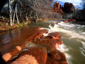 River between rocks (Arizona)