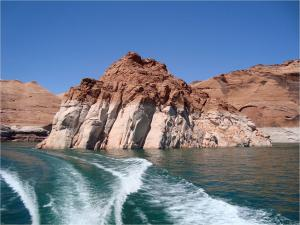 Sailing on Lake Powell (USA)