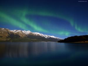 Aurora borealis (northern lights) over the lake Wakatipu (New Zealand)
