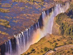 Victoria Falls (Zambezi River) in the frontier between Zambia and Zimbabwe
