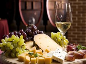 Fruit, cheese, wine and ham