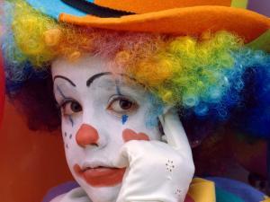 Reflective clown
