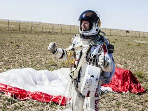 Felix Baumgartner already onshore after finishing the Red Bull Stratos mission