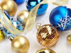 Golden and blue balls for decorate the Christmas