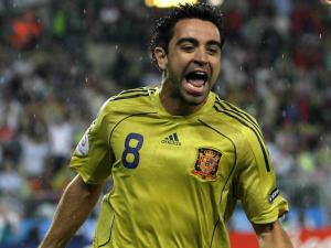 Xavi Hernandez with the spanish team