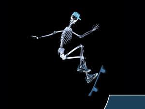 Skeleton doing skate