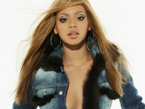 Beyoncé with denim jacket