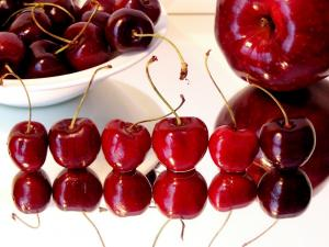 Cherries aligned