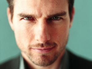 The gaze of Tom Cruise