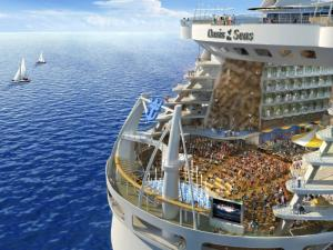"The cruise ship ""Oasis of the Seas"""