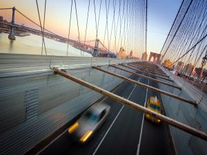 Traffic on the Brooklyn Bridge (New York)