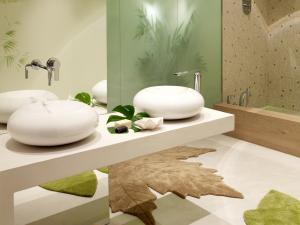 A modern style bathroom