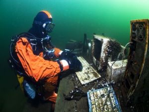 Office work on the seabed
