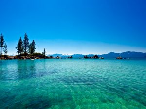 Crystal clear waters of Lake Tahoe, California