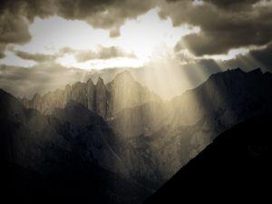 Light behind the darkness (Alabama Hills, California)
