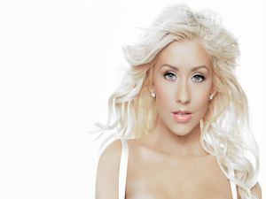 The super-blonde Christina Aguilera
