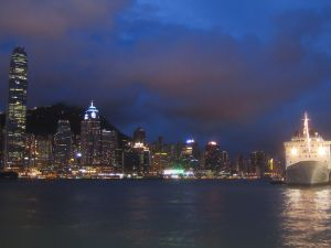 Victoria Harbour (Hong Kong) at night