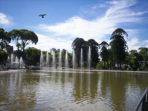 Fountain and lake of the Buenos Aires Centennial Park (Argentina)