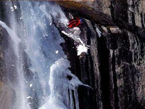 Ski extreme jump