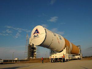 Transportation of the Delta IV rocket (NASA)