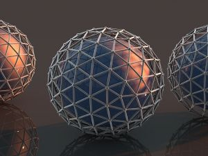 Balls coated with a metal mesh