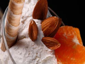Ice cream with almonds