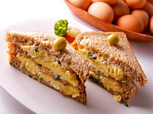 Sandwich of French omelet