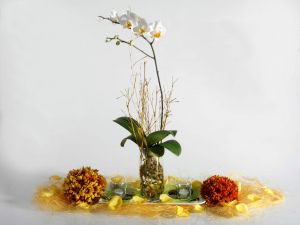 Floral decoration with orchid