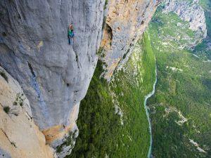 The vertigo of climbing