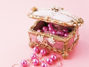 A little pink box jewelry