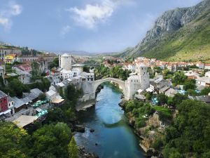 The Stari Most (Old Bridge), over the river Neretva (Mostar, Yugoslavia)